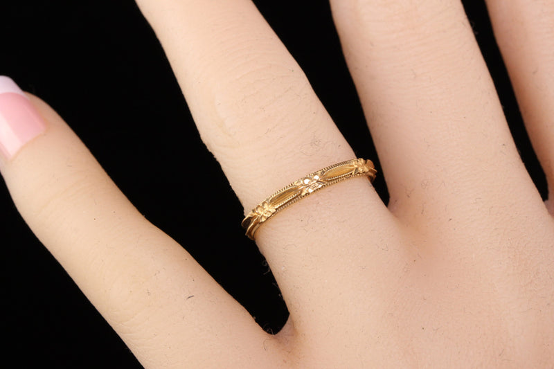 Antique Art Deco 14K Yellow Gold Engraved Wedding Band -Size 6 1/2
