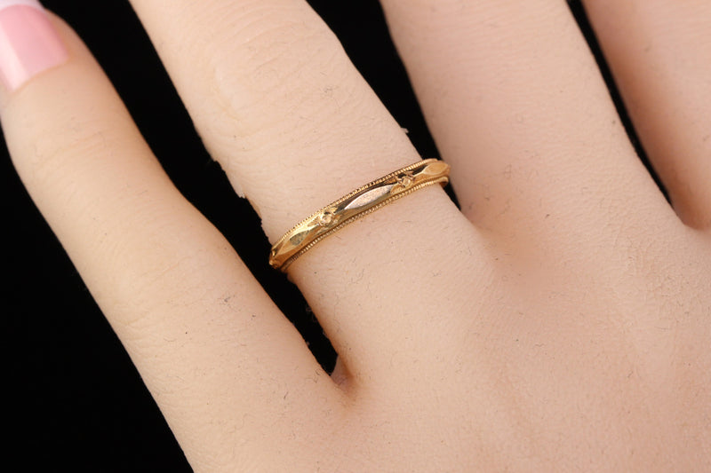Antique Art Deco 14K Yellow Gold Engraved Wedding Band - Size 6 1/2
