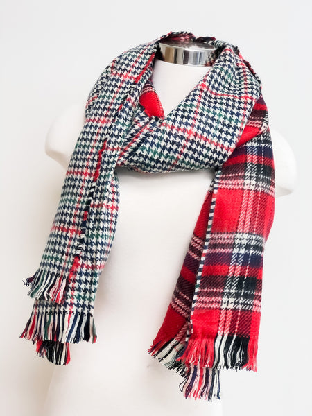 Reversible Houndstooth Plaid Scarf with Fringe