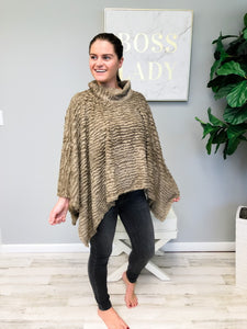 Soft Faux Fur Winter Poncho - Coco