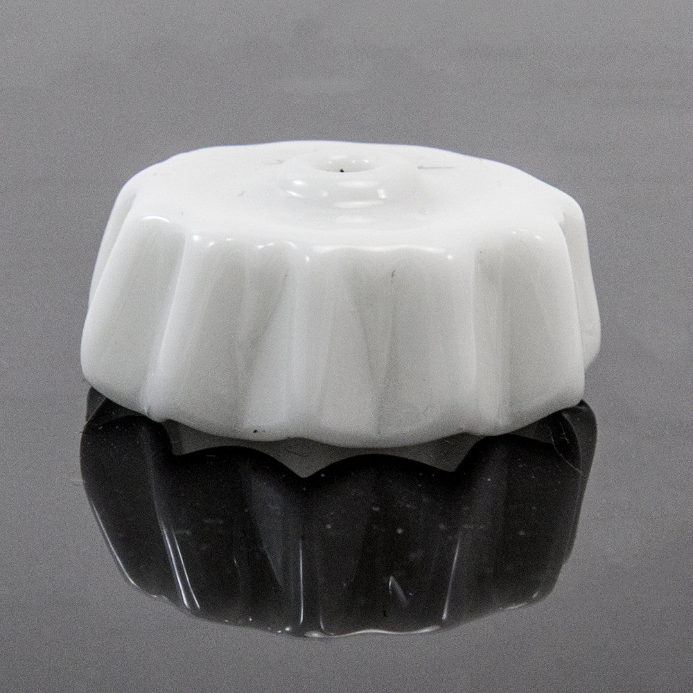 Matt Eskuche Kuche Cap Carb Cap With Hole: White