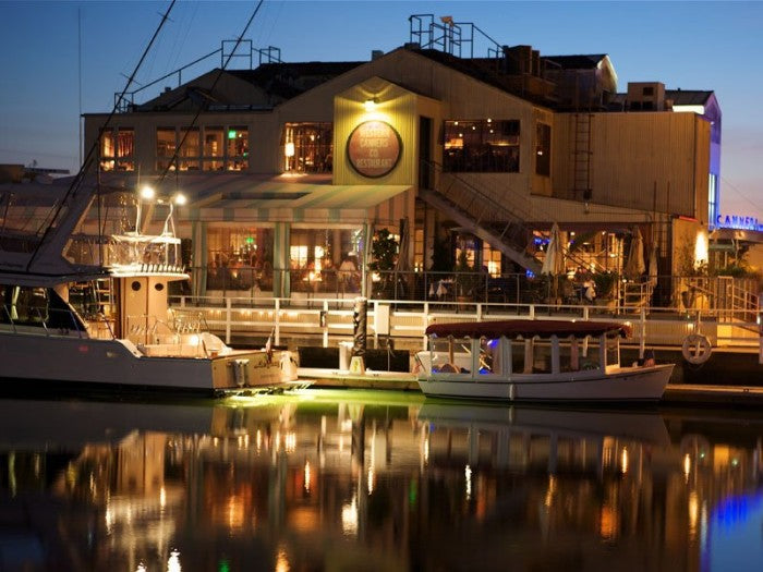 10 Incredible Waterfront Restaurants Everyone In Southern