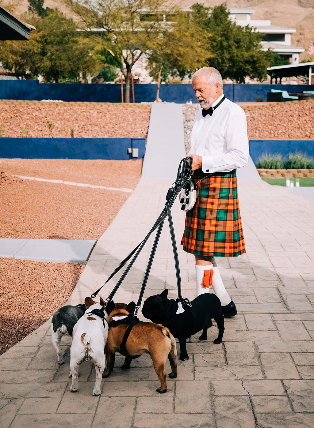 Grooms Father wearing a Kilt