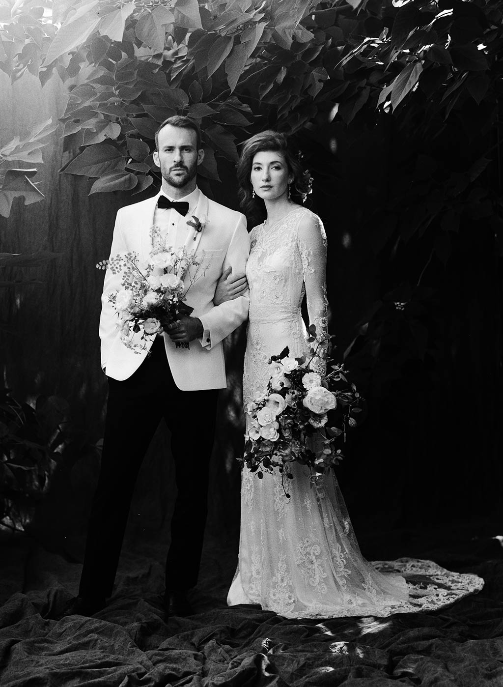 Classing Black and White Wedding Picture