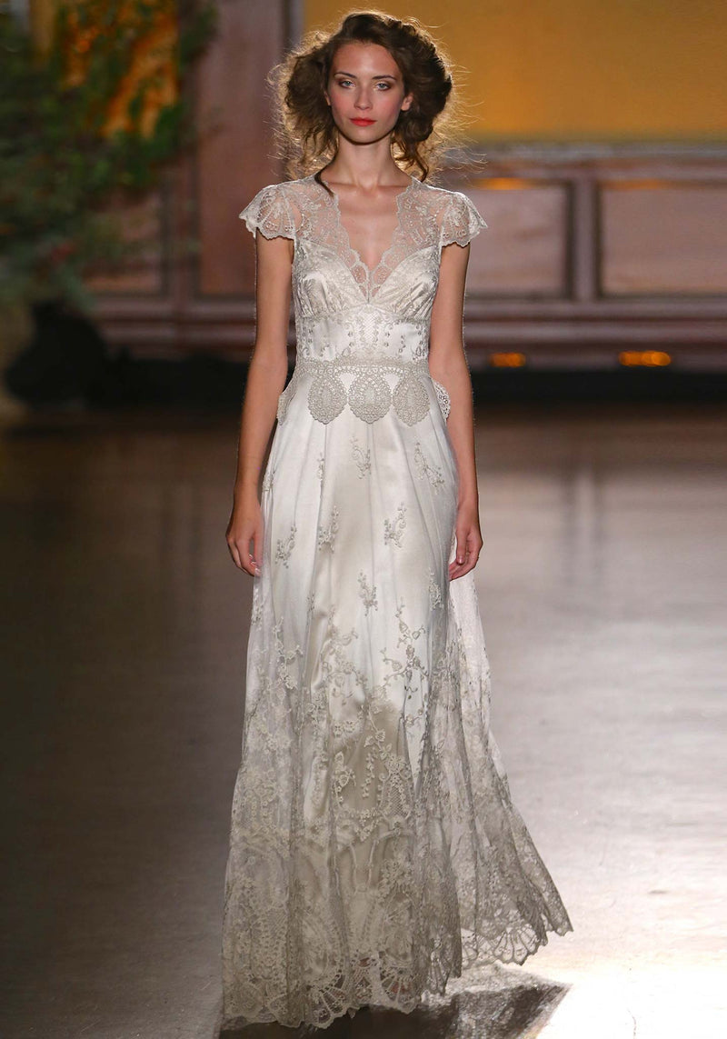 Claire Pettibone Cora Lace Wedding Gowngg