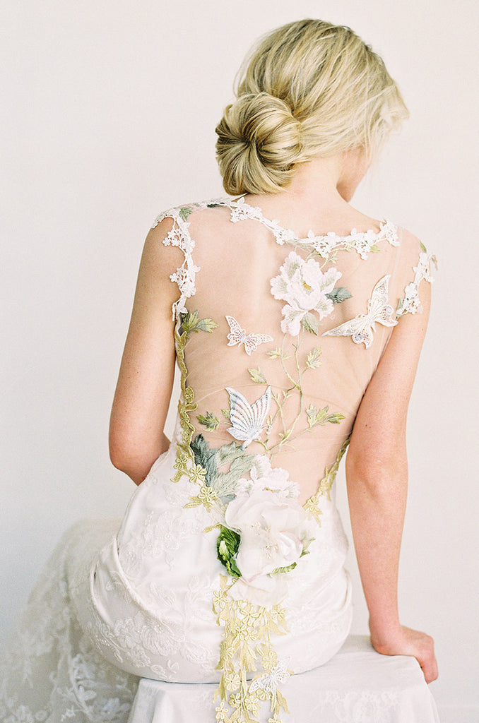 Claire pettibone couture designs and romantique wedding dresses touch of color junglespirit Choice Image