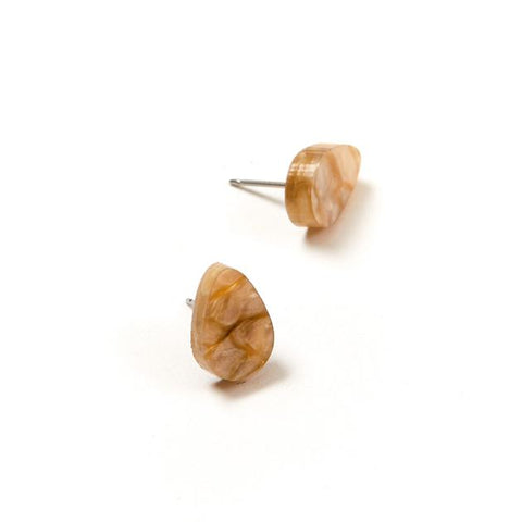 Raindrop Stud Earrings Oyster