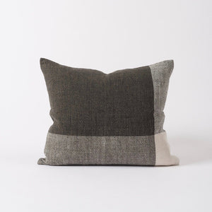 Chester Linen Cushion Pepper/Chalk