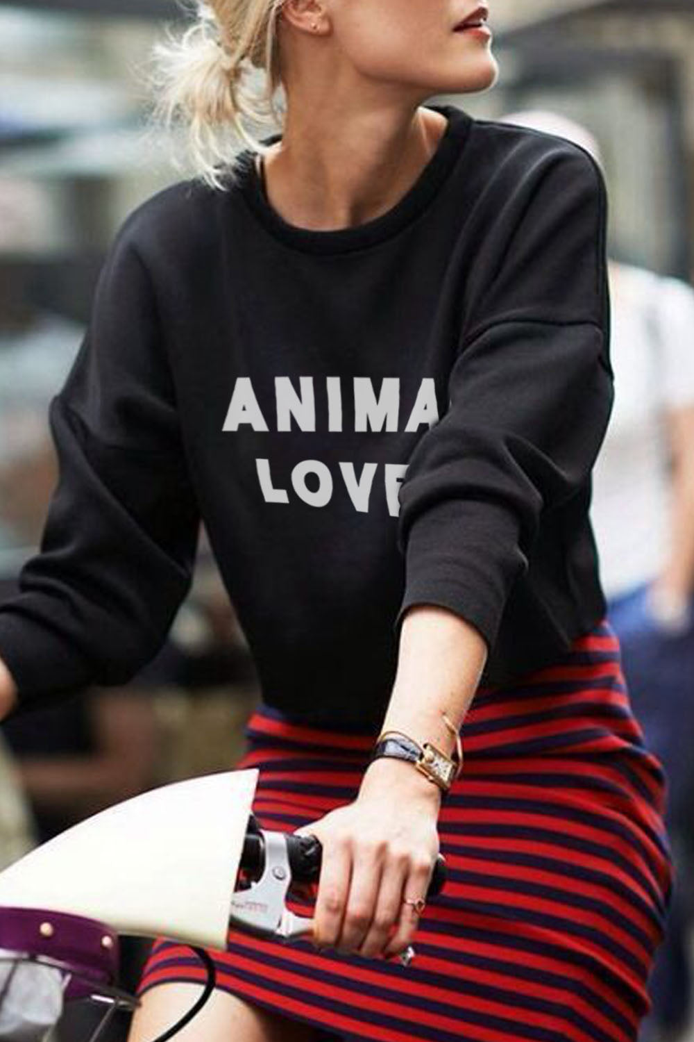 WOMEN'S CREWNECK - Animal Lover