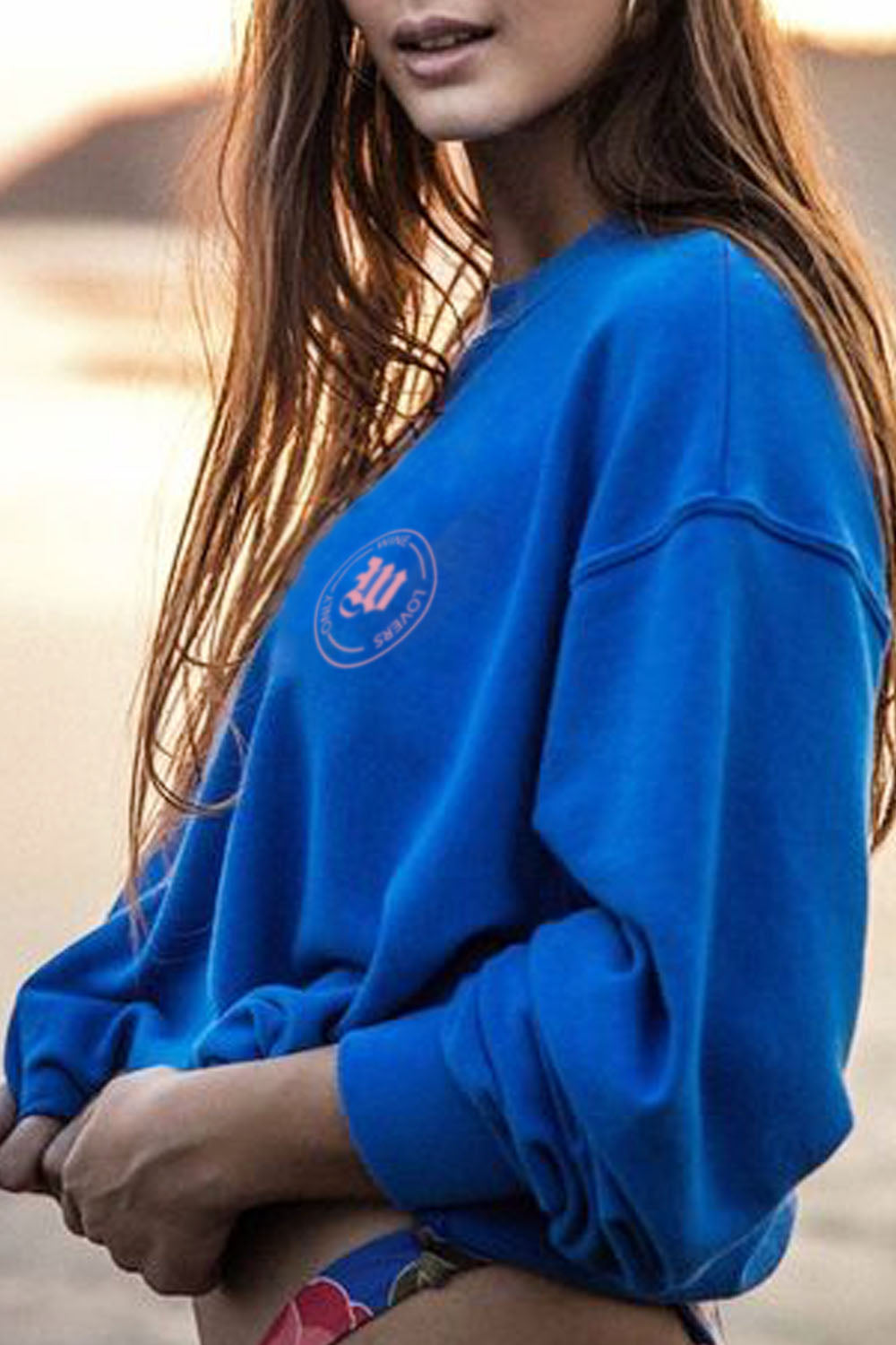 PRESLIE CREWNECK -Electric Blue- Wine Lovers Only