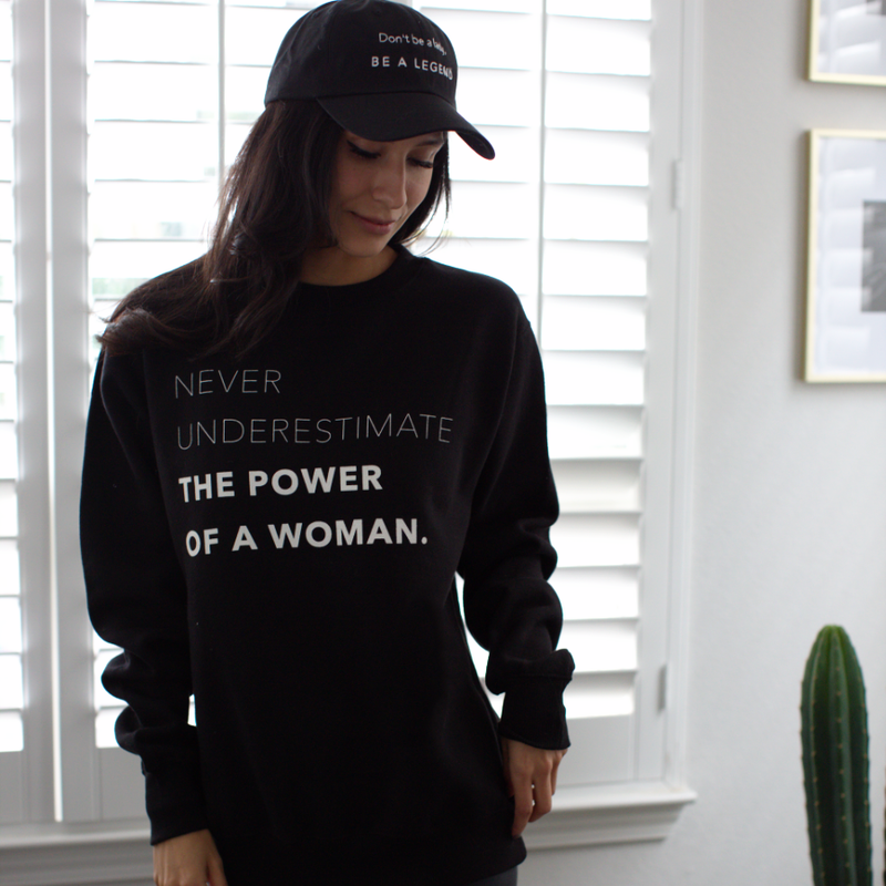 Womens Crew Neck- Be A Legend