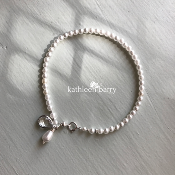 Delicate seed pearl bracelet - Charm detail - assorted colors available