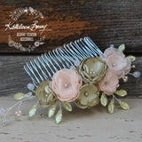 Anique hair comb sage green & blush pink flower detail - Custom colors to order