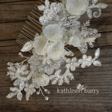 Chanel Floral lace Bridal hair comb - veil comb - ivory off-white