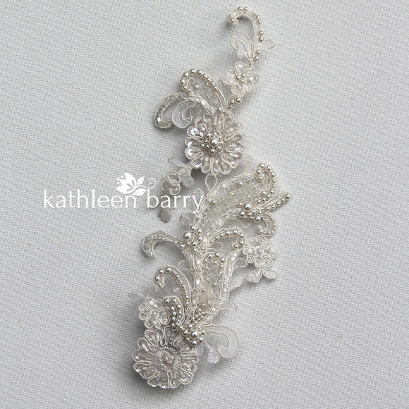 Chantilly Lace Bridal hairpiece - Off white - STYLE: Janette