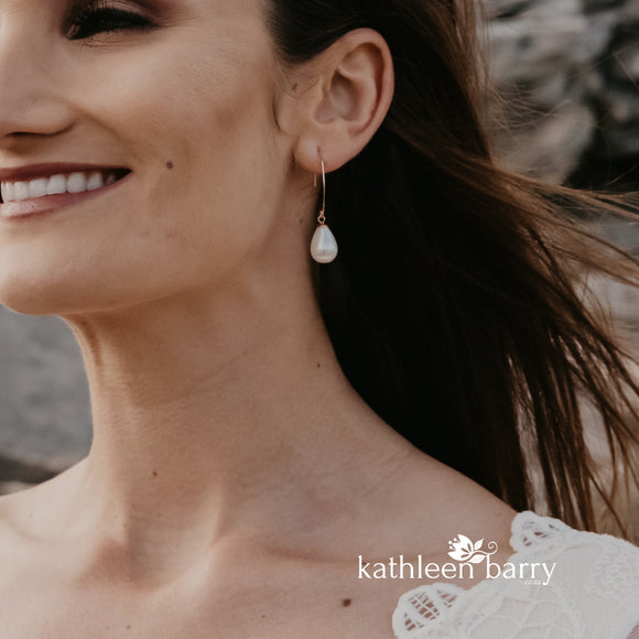 Rozelle Pearl Drop Earrings - Also available in Rose Gold or Silver.