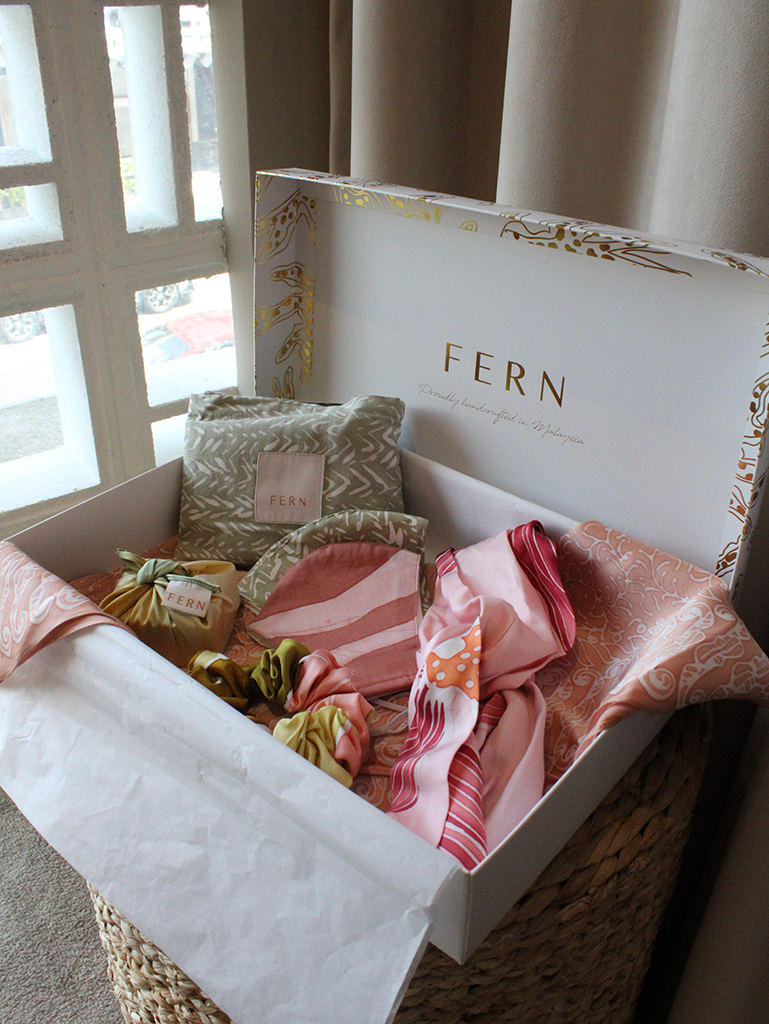 Exclusive Mother's Day Gift Set - Pink