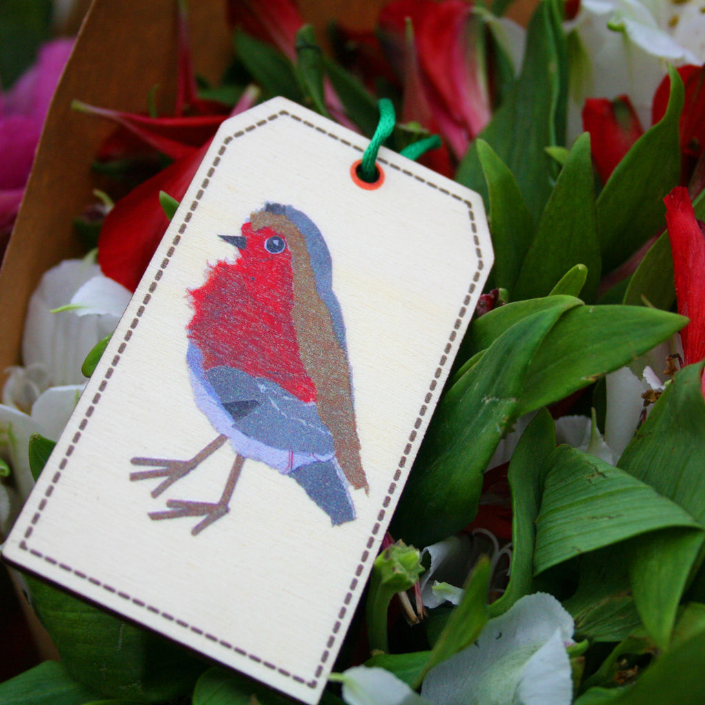 Robin Bird Wooden Gift Tag Made in Britain With Eco-Friendly Wood - Kelly Rideout Design