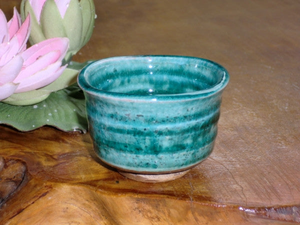 Kizoku Club: Emerald Blue Guinomi Mini Cup - 1