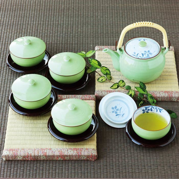 Saikai Ceramics: Kikyo Green Porcelain Tea Pot & Cup Gift Set