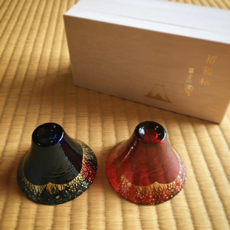 Kimoto Glass: a pair of Shofukuhai Mt.Fuji Deep Blue and Gold White (65ml)