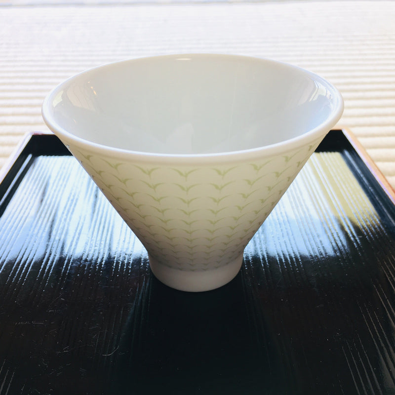 Yamani - Miyama Tableware: Chahaku Morning Glory Tea Cup - Gyokuro Green