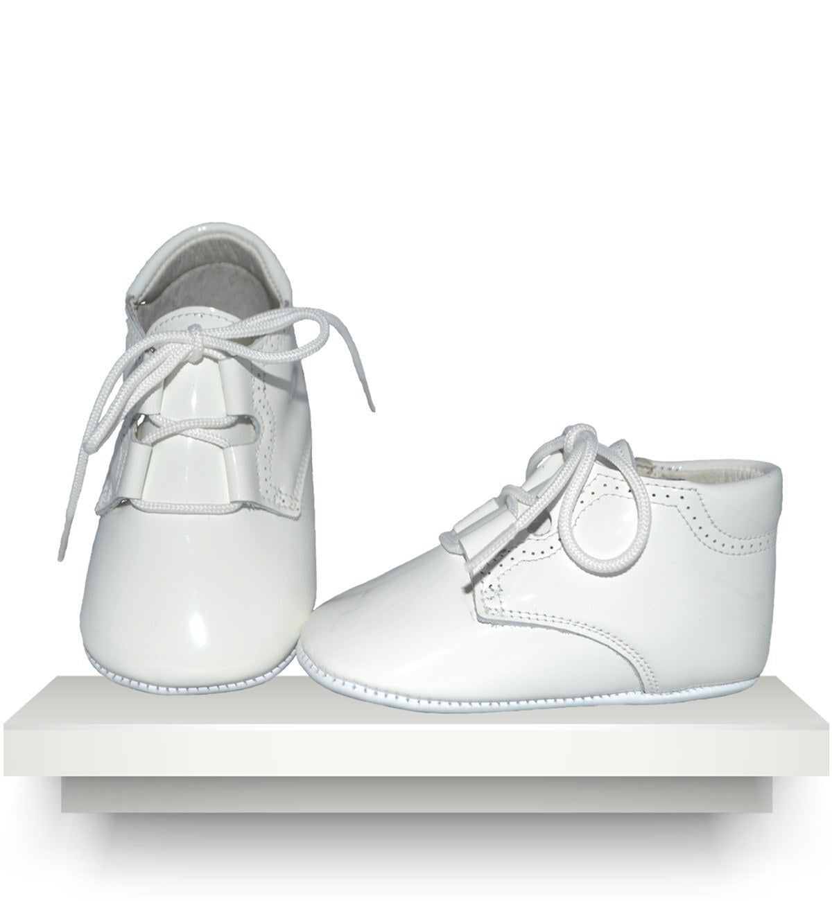 Spanish baby clothes | baby Shoes | White patent leather boots |babymaC  - 1
