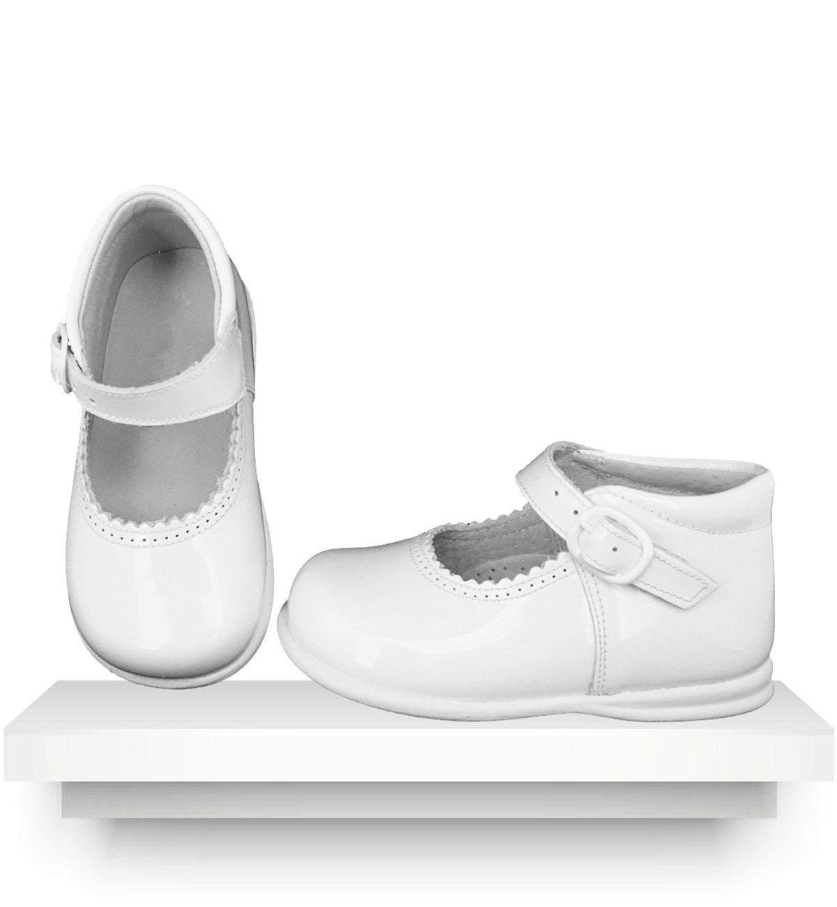 Spanish baby clothes | baby Shoes | White patent shoes |babymaC  - 1