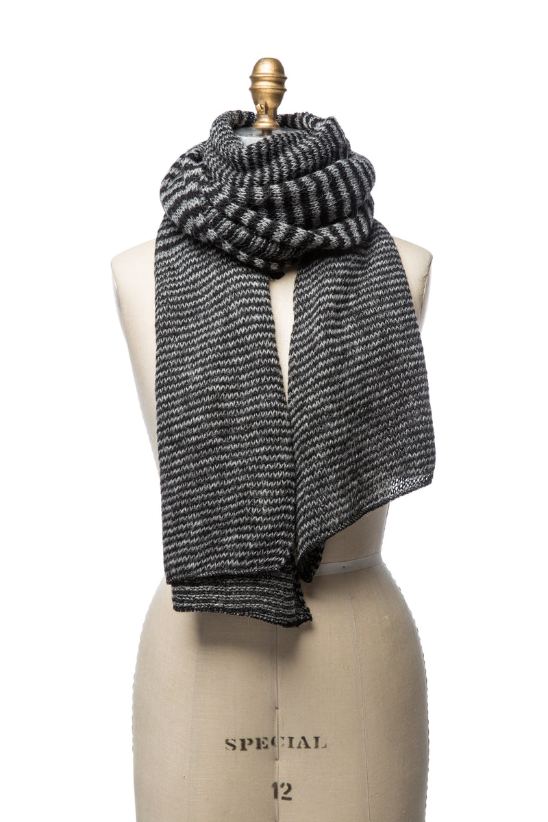 Iceland Wool Scarf Black/Grey