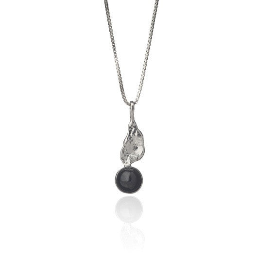 Icelandic sweaters and products - Black lava tear necklace - Short Jewelry - NordicStore