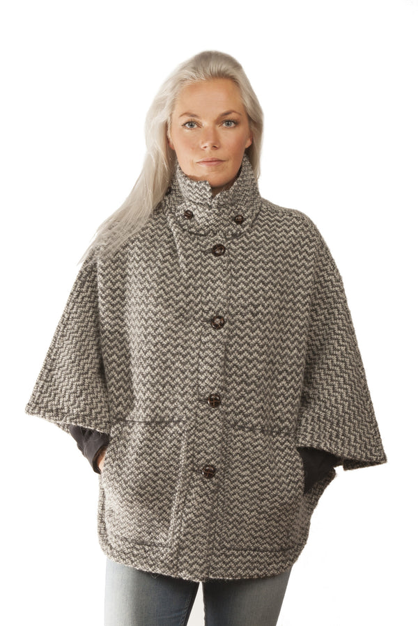 Icelandic sweaters and products - Magga Cape - Grey Icelandic Design - NordicStore