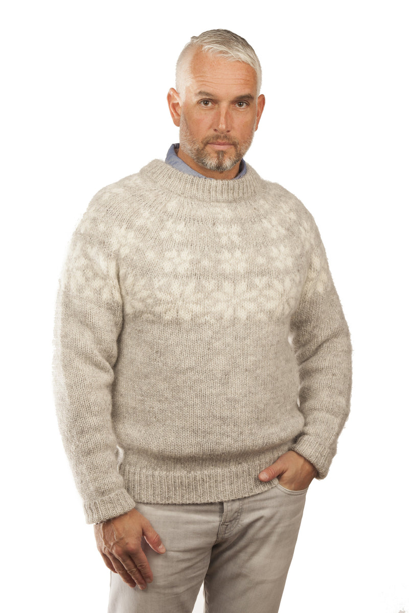 Icelandic sweaters and products - Fönn Wool Sweater Grey Wool Sweaters - NordicStore