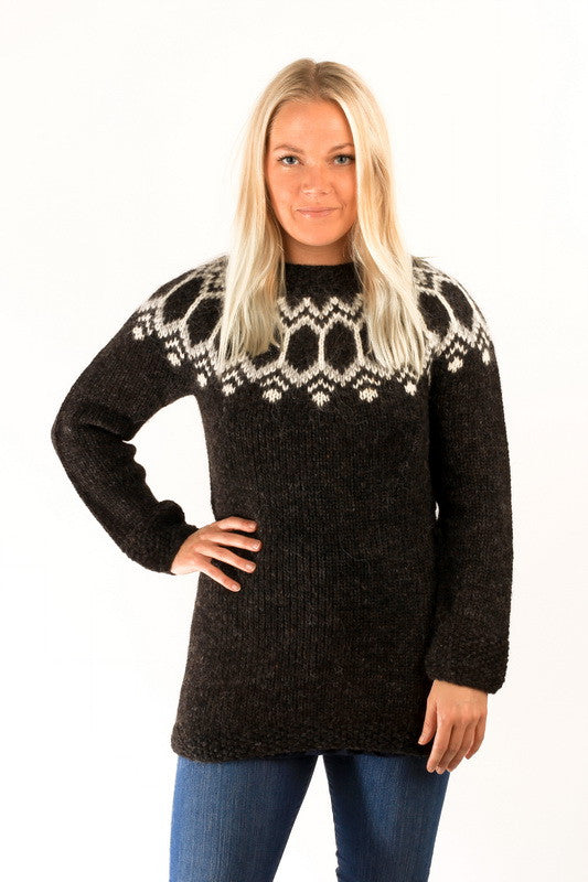 Icelandic sweaters and products - Tight Fit Wool Pullover Black Wool Sweaters - NordicStore