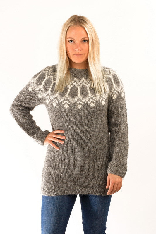 Icelandic sweaters and products - Tight Fit Wool Pullover Grey Wool Sweaters - NordicStore