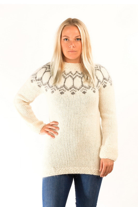 Icelandic sweaters and products - Tight Fit Wool Pullover White Wool Sweaters - NordicStore