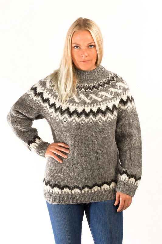 Icelandic sweaters and products - Traditional Wool Pullover Grey Wool Sweaters - NordicStore
