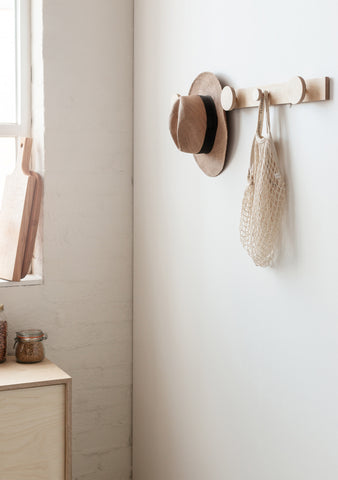 Minimalist Storage: The Hang on Piccolo Coat Rack