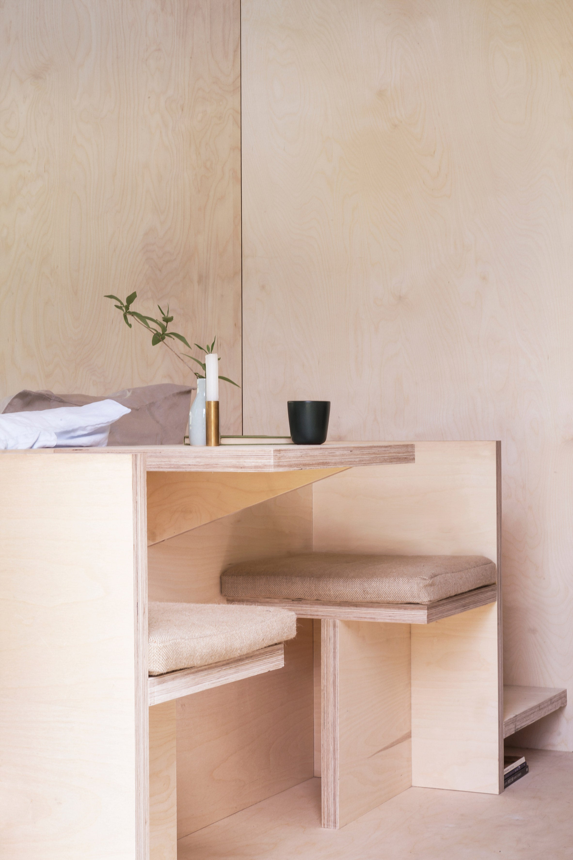 + Modern Bedroom Storage and Minimalist Furniture to simplify your everyday - SLATE CABIN BY TRIAS