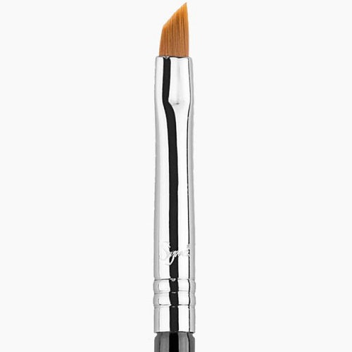 Sigma E06 - Winged Liner™ Brush