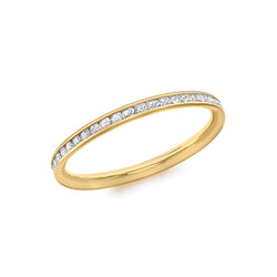 Hoxton 9 ct Gold Cubic Zirconia Band Ring