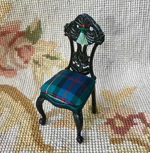 Chair Seat in Plaid 1:12 Dollhouse Miniature