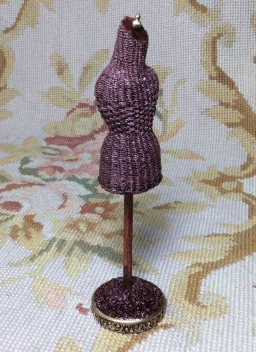 Dress Form Male Wicker Mannequin Figure 1:12 Dollhouse Miniature