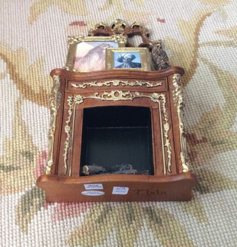 Bespaq Fireplace with Pictures Statue Logs 1:12 Dollhouse Miniature