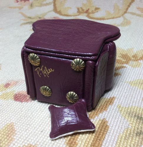 Chair Club Leather with Pillow 1:12 Dollhouse Miniature
