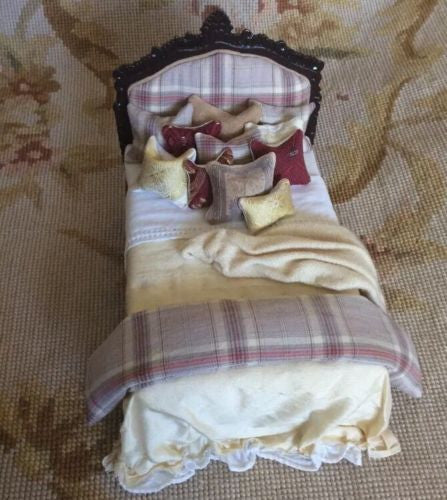 Bespaq Bed with Drape Pillows Dressed 1:12 Dollhouse Miniature