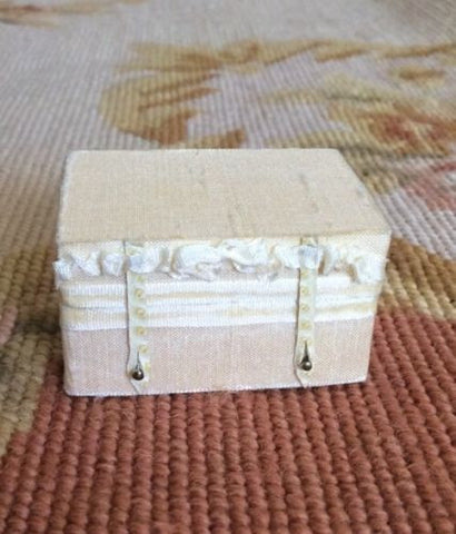 Luggage Bag Suitcase Grip Valise 1:12 Dollhouse Miniature