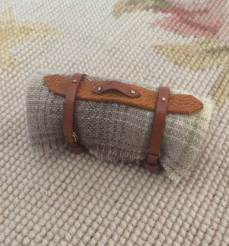 Blanket Bed Roll 1:12 Dollhouse Miniature