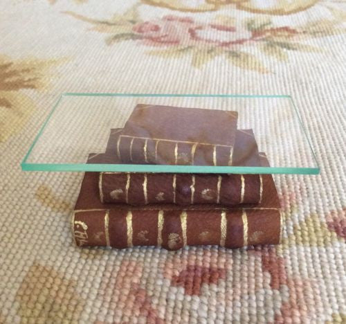 Table Stacked Books with Glass Top 1:12 Dollhouse Miniature
