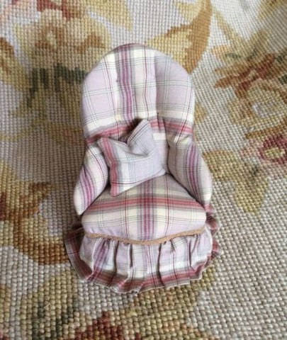 Chair Slipper Seat with Pillow 1:12 Dollhouse Miniature