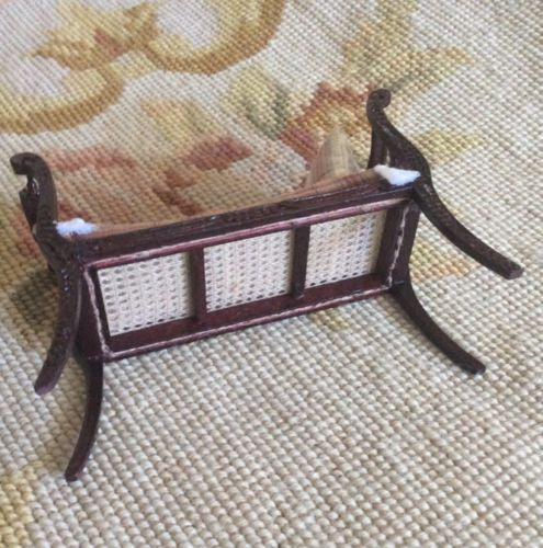 Bespaq Bench Long Seat Settee 1:12 Dollhouse Miniature